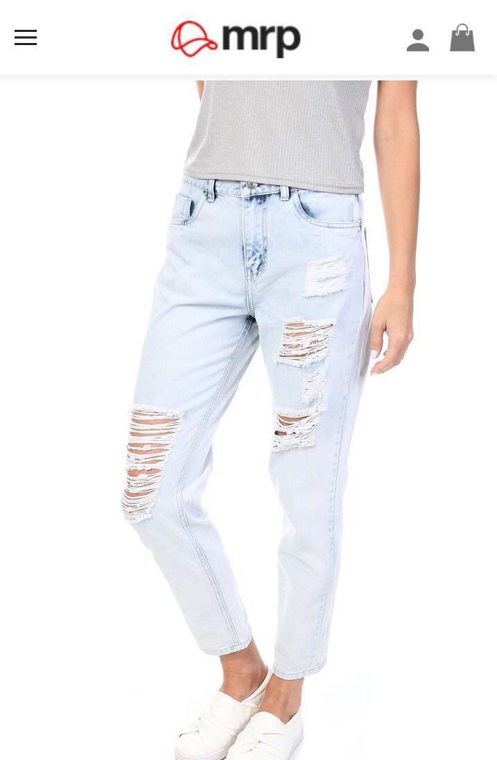Mr Price Ripped Mom Jeans Retail Price - R 199,99